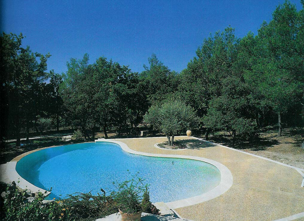 Piscines traditionnelles de oro for Piscine personnalisee
